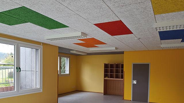 Akustikdecke in einem Kindergarten in Kempenich